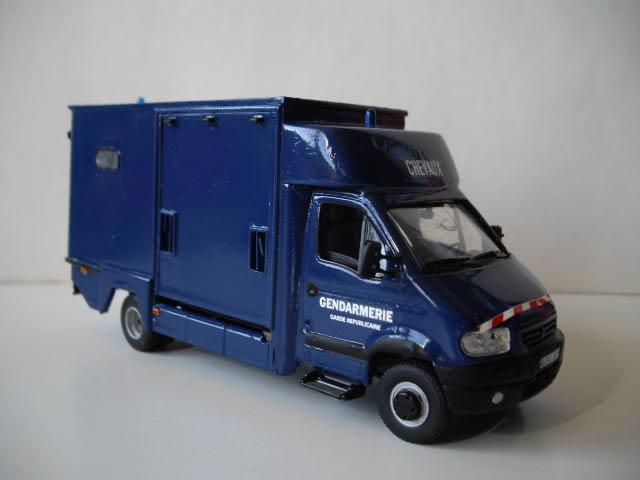 renault mascott transport de chevaux de la garde republicain. Black Bedroom Furniture Sets. Home Design Ideas